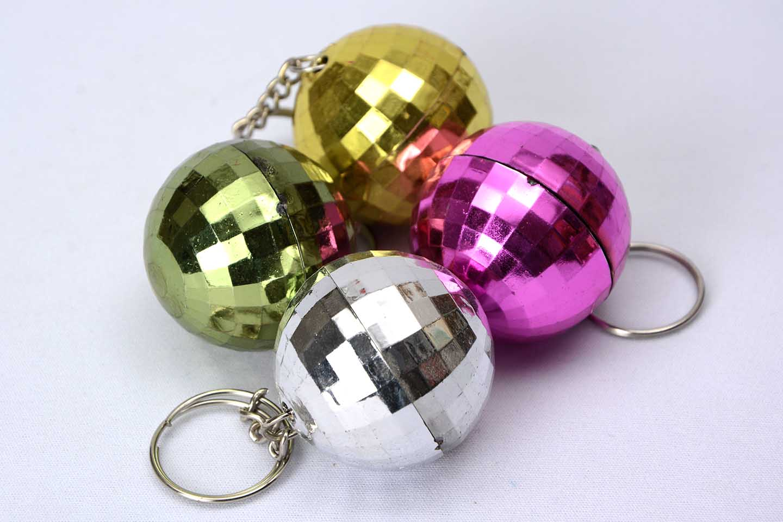 Discokugel-Schlüsselanhänger Farben